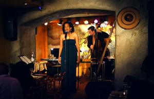 Kevin backing jazz singer Ami Brabson at Manhattan's Sugar Bar